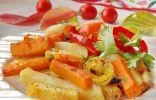 Печёная в духовке картошка с тыквой и овощами