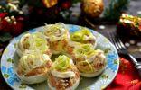 Яйца фаршированные селёдкой и плавленым сыром