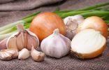 Как сохранить лук и чеснок в домашних условиях