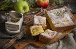 Пышная творожная шарлотка с яблоками