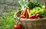 Как накормить растения и никого не отравить?