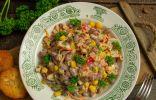 Салат из красной фасоли с ветчиной — простой и быстрый
