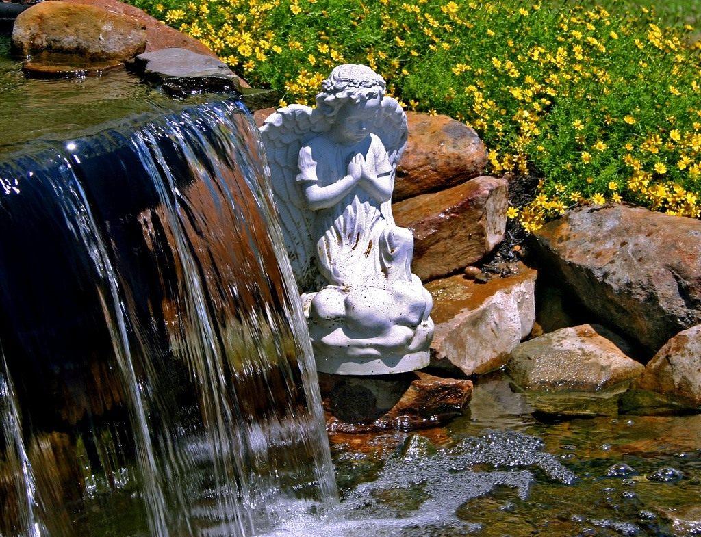 пруды фонтаны каскады водоемы