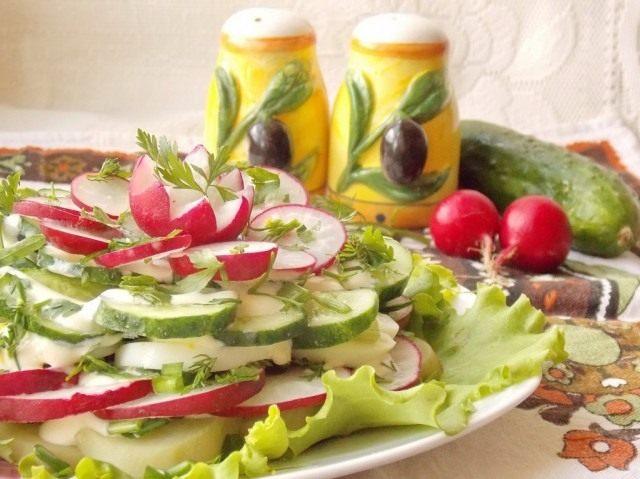 Весенний слоёный салат