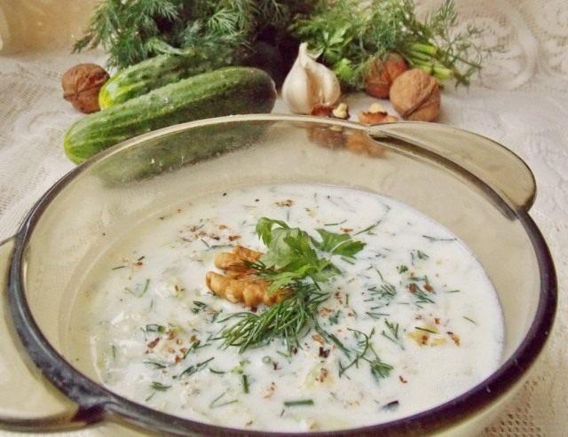 Холодный суп Таратор готов!