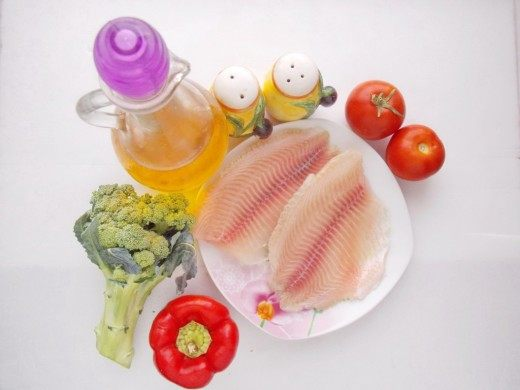 Ингредиенты для жареного филе морского окуня с овощами