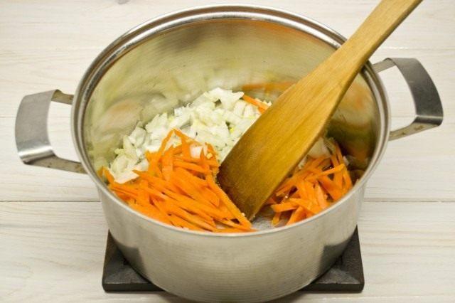 Рубим и нарезаем овощи