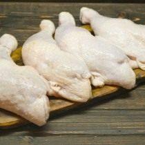 Для сочного карри с курицей лучше выбирать ножки