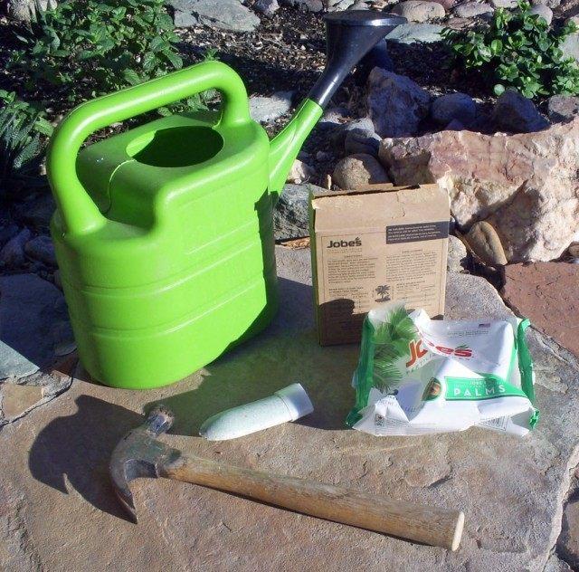 Удобрение для плодового сада в палочках больших размеров