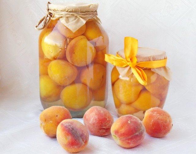 Консервированные персики в сиропе