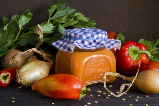 Овощная паста с перцем и баклажанами