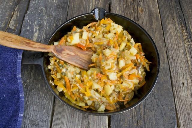 Готовим овощное рагу аджапсандали на среднем огне