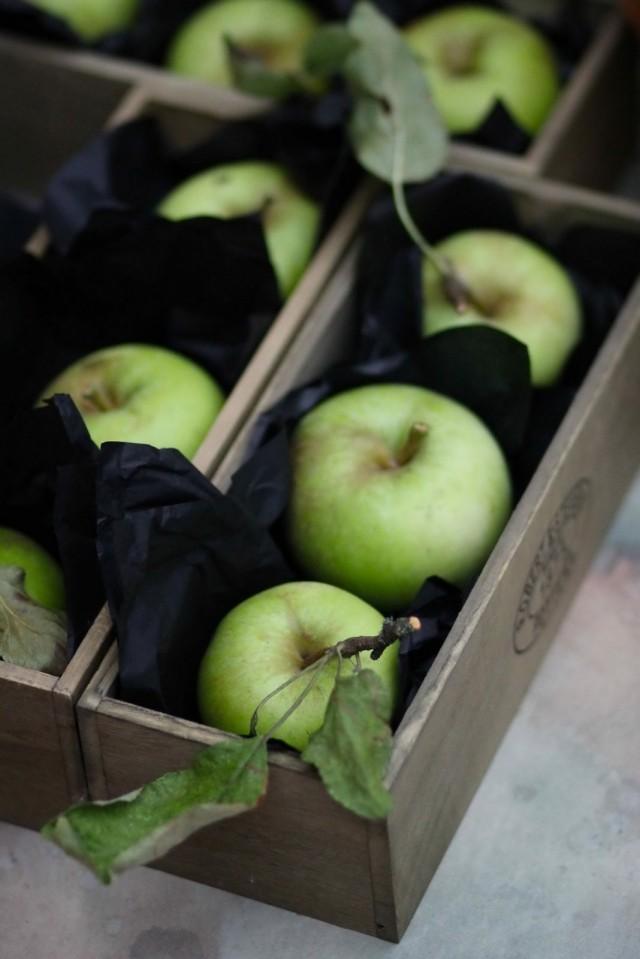 Хранение яблок с обёртыванием