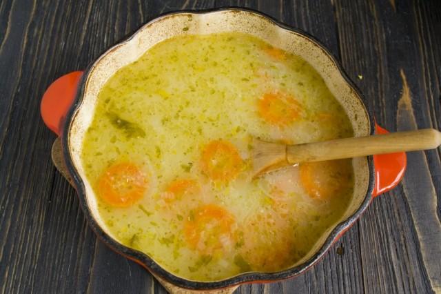 Приправляем готовый суп специями