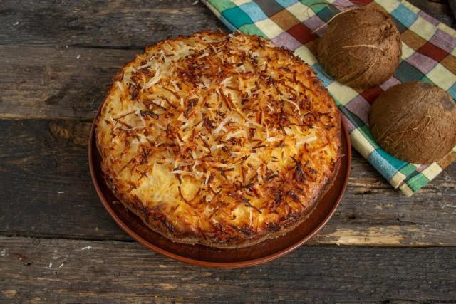 Немецкий кокосовый пирог «Кухен» готов. Приятного аппетита!