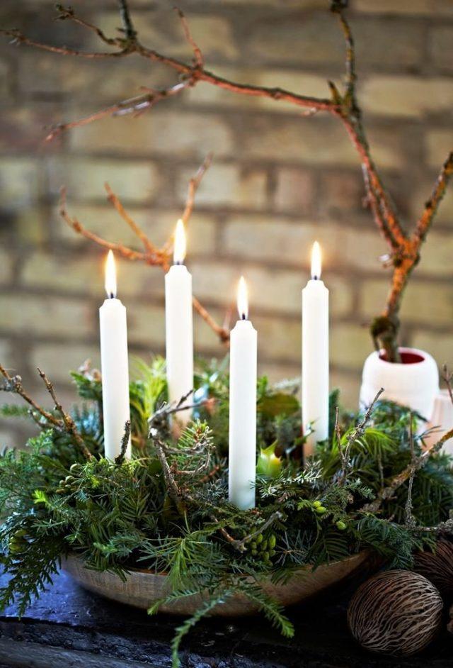 Хвойная композиция со свечами