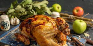 Сочный цыплёнок, запеченный в духовке целиком