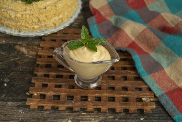 Заварной крем для торта с варёной сгущенкой готов