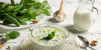 Таратор — болгарский холодный суп с грецкими орехами