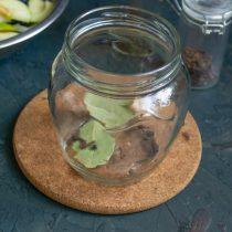Вкусный салат из красной капусты с яблоками, луком и корицей на зиму