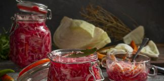 Быстрая маринованная капуста для салатов
