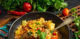 Гамбо с курицей и кускусом — густой суп со специями
