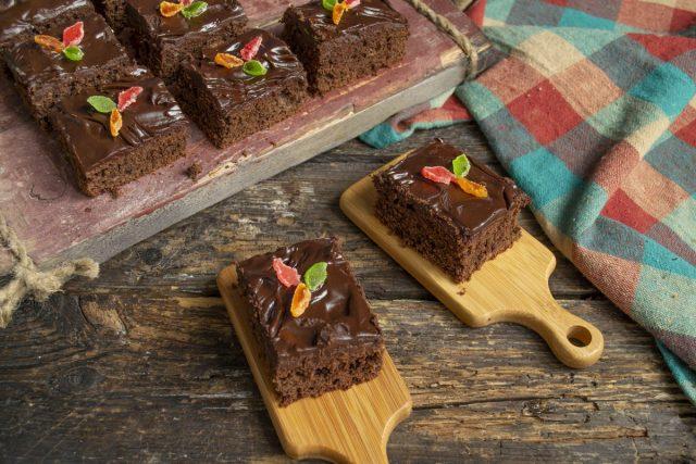 Брауни с бананом и горьким шоколадом готов