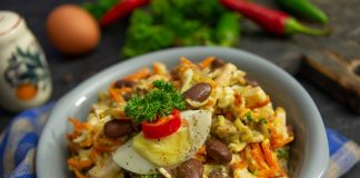 Салат «Обжорка» с фасолью и мясом