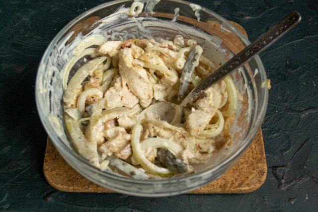 Быстрый куриный салат «Чезаре»