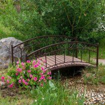 Живописный мостик для дачи