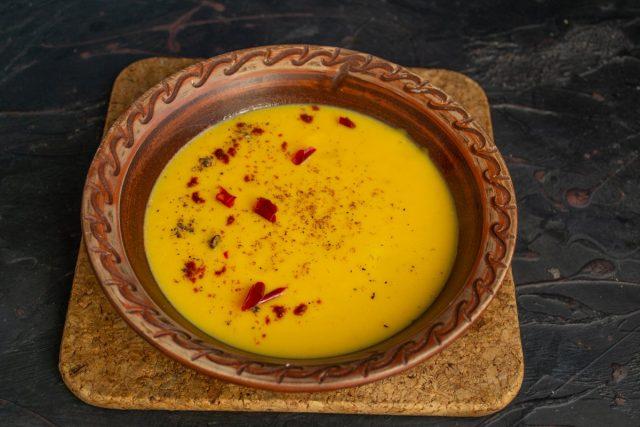 Сливочный суп из тыквы с бататом готов
