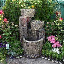 Каменный фонтан для украшения сада