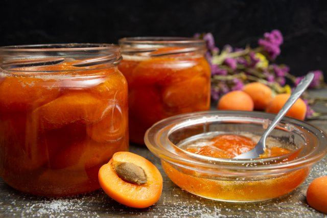 Густое варенье из абрикосов с пектином
