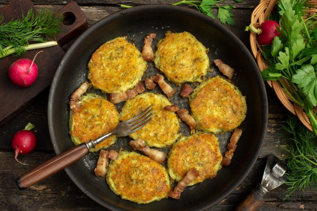 Картофельные оладьи по-деревенски