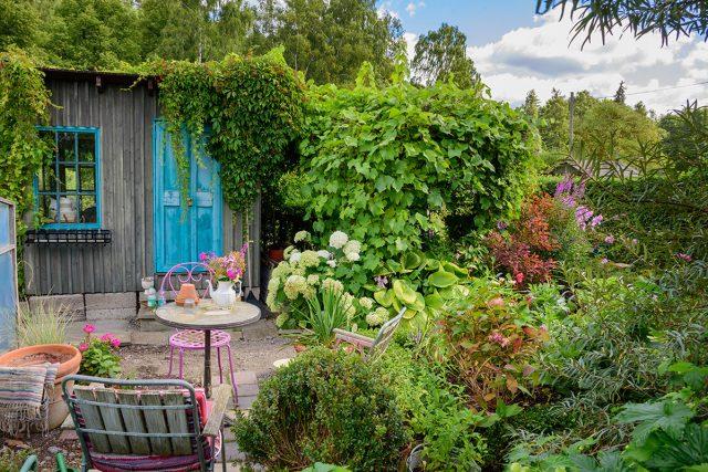 Jardín de flores continuas en Rusia central