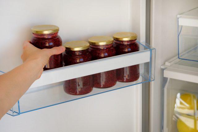 Если закаток немного, их можно хранить в холодильнике